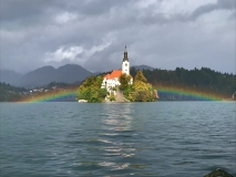regenbogen-kirche-scaled